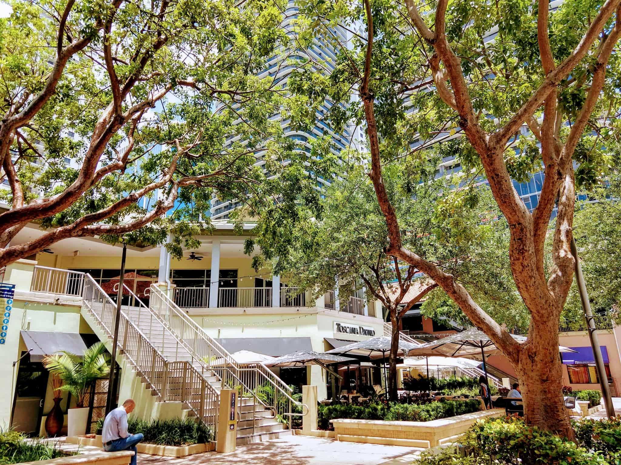 Mary Brickell Village Side